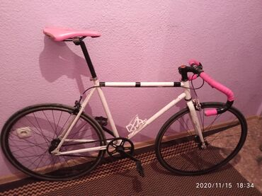 Продаю велосипед. Фикс fix fixed fixedgear. Сталь. Вес 10 кг. Рама 53