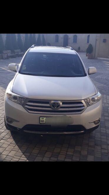 - Azərbaycan: Toyota Highlander 3.5 l. 2012 | 240000 km
