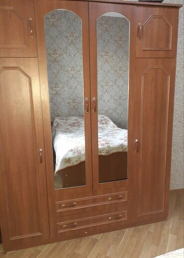 Yataq otağı üçün mebel dəsti(yatağın bazası var)