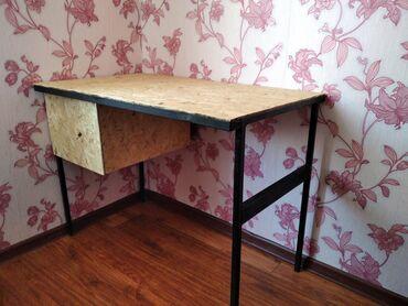 50 объявлений: Продаем маникюрный самодельный стол .Удобный