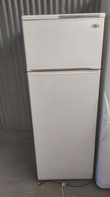 Холодильники в Кыргызстан: Б/у Двухкамерный Белый холодильник Минск