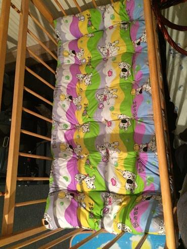 Продаю детскую кровать В отличном состоянии В наличии есть матрас. в Бишкек