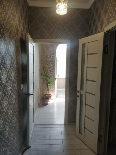 пластик для потолка цена в Кыргызстан: Продается квартира: 1 комната, 45 кв. м