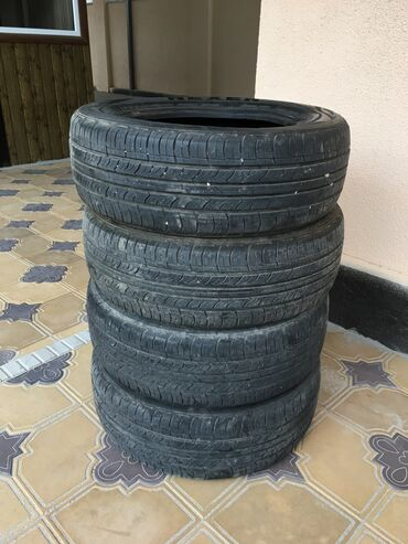 hr s в Кыргызстан: Продаю комплект резины в хорошем состоянии м+s размер 195/60R15