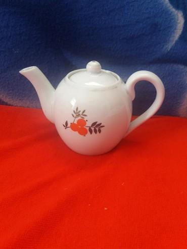 фарфоровая фигурка в Кыргызстан: Чайник заварочный маленький фарфоровый советский