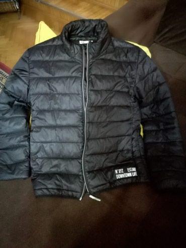 H/M jakna,ocuvana,malo nosena svega par puta,bez ostecenja,nije nide - Zrenjanin