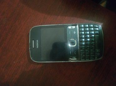 Nokia 302 Işlək vəziyyətdə praplemi yoxdur