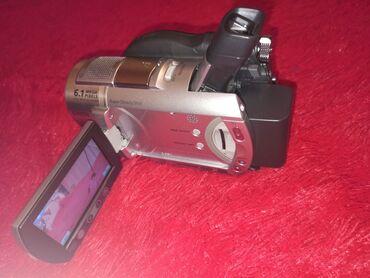 Камера Sony в отличном состоянии!  Пользовались мало, на камере ни цар