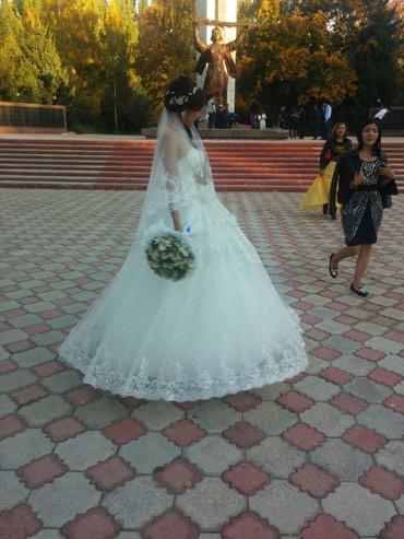 Свадебные платя +туфля и бижутерия на прокат 7000с размер 44 48  в Бишкек