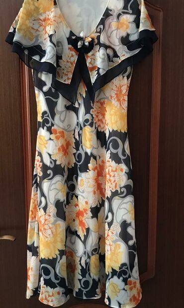 вечернее платье 48 50 размер в Кыргызстан: В ИДЕАЛЬНОМ СОСТОЯНИИ,носили только максимум два раза(размер первых