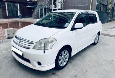 Toyota Raum 1.5 л. 2003 | 221000 км
