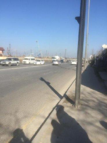 Sabuncu rayonu, Zabrat şosesində,Əsas yolun kənarında, yerləşən 11-sot