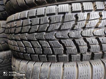 шины на 17 цена в Кыргызстан: 225.65.17 размер Продаю шины 1 шт зимняя липучка Японский цена 3500