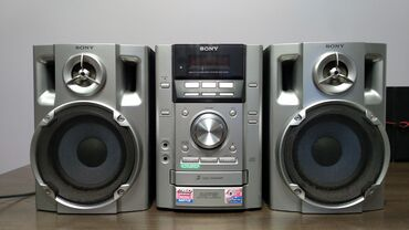 Продаю SONY муз центр CD/MP3/AUX/ сост отл