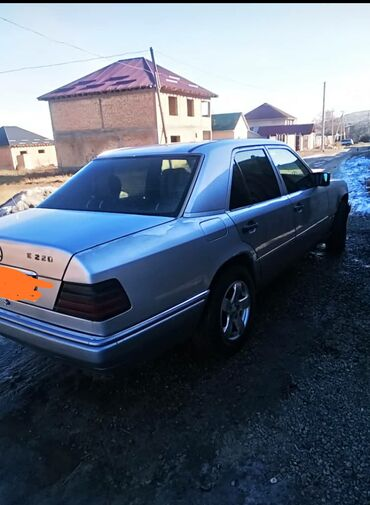 купить двигатель мерседес 3 2 бензин в Кыргызстан: Mercedes-Benz W124 2.2 л. 1994