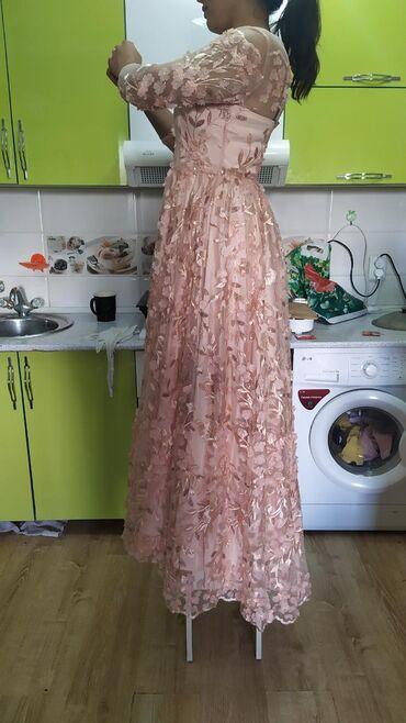 платья-на-кыз-узату-бишкек в Кыргызстан: Платье вечернее 2в1 надевалось один раз на кыз узатуу качество высшее