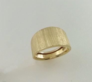 Кольцо из желтого золота 585 проба. Размер 18. Цена 7100 Сом в Бишкек