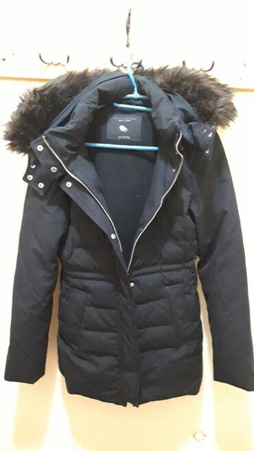 Zara Woman, zimska perjana jakna u S veličini