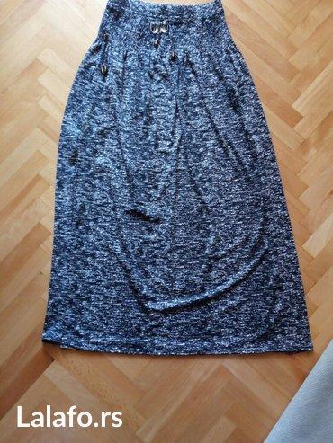 Suknja  kao nova bez ostecenja,iz Englesje duzina 98 cm,sirina 63 cm,p - Nis