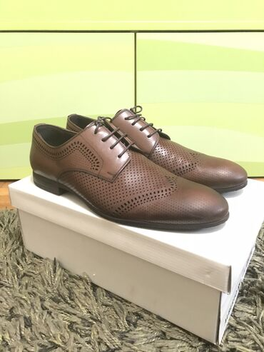 Personalni proizvodi - Beograd: Alberto rossi cipele,kupjene u africi,broj 45,nosene samo jednom