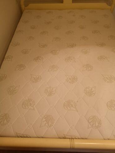 Ostali | Srbija: Prodajem HITNO krevet (ram kreveta 200x140) i Aloe Vera dušek sa navla