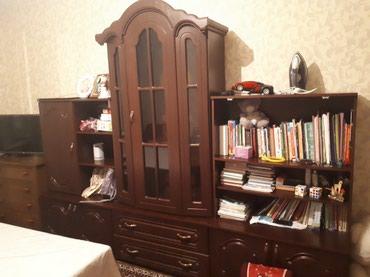 Польская стенка в гостинную комнату темно вишнегого цвета отдам за