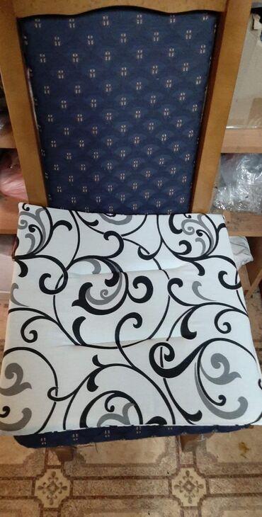 Ostalo   Bela Palanka: Jastucici za stolice 4 komada 680 din 6 komada 920 din
