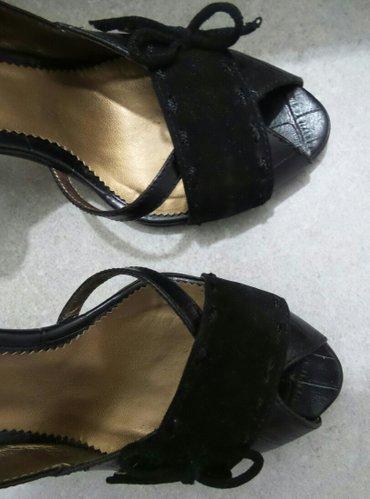 Ženske cipele na štiklu,crne boje,broj 35. Obuvene su dvaput,u - Beograd - slika 2