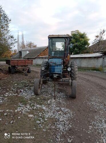 Traktor t 28 - Azərbaycan: Traktor 28 satılır işləkdir sənədi var