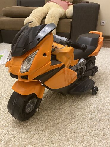 Детский электромотоцикл. Состояние хорошее. Отдаем дешево, поскольку