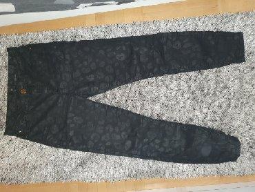 Pantalone-hm-duboke - Srbija: Pantalone 34 (odgovaraju 36 i 38) duboke,kao farmerke