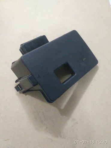 ford focus st в Кыргызстан: Продаю крышку аккумулятора от ford focus в идеальном состоянии