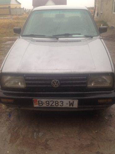 Volkswagen Jetta 1990 в Бишкек