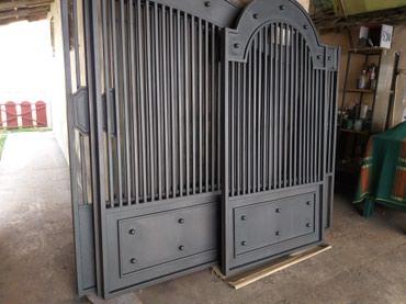 Uz metalni namestaj.u ponudi izrada kapija,ograda,zatvaranje - Zabalj