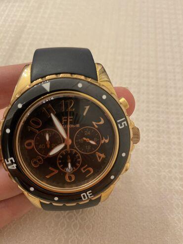 Ρολόι Folli Follie μαύρο με χρυσό. Λουράκι από καουτσούκ. Άριστη