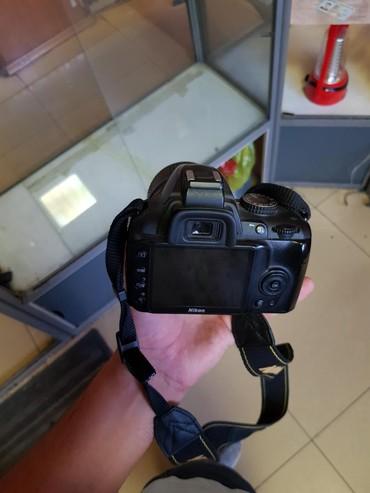 nikon sb 700 в Кыргызстан: Nikon 3100d 5000som tolko zvonit