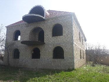 Daşınmaz əmlak Ağcabədida: Satış Evlər mülkiyyətçidən: 450 kv. m, 7 otaqlı