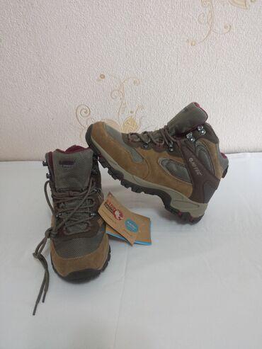 Новые ботинки HI-TEC . Размер 36 . Цена 2500сом