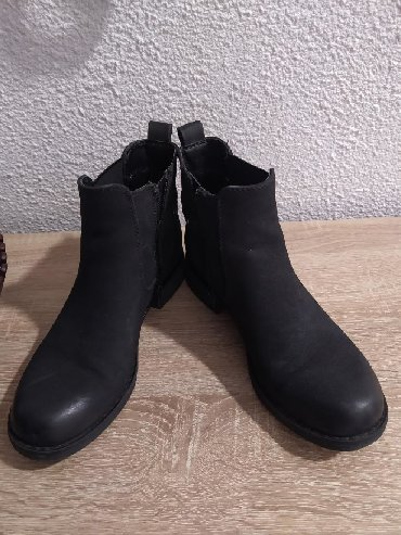 Na prodaju ravne cipele marka Graceland dva puta obuvene.Bez - Obrenovac