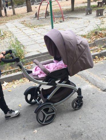 Коляска чико artic пользовались 2 месяца есть чехол зимний дождевик. Д в Бишкек