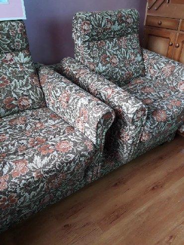 стулья кресла дерева в Кыргызстан: Мягкая мебель. Диван раскладной, 2 кресла и журнальный столик (из