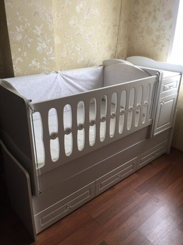 детская одежда 2 года в Азербайджан: Ushaq yataqi yeni istifade olunmayib ushaq yatmir  Детская кровать нов