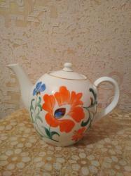 Çaydanlar - Azərbaycan: Dəm çaydanı. Keçmişindir, qapağında balaca qopuq var