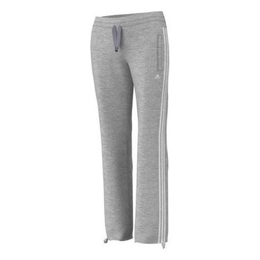 Women's adidas Womens Essentials  Цена:3200-50%=1600