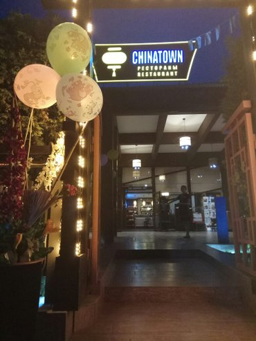 Требуется в ресторан  :ОФИЦИАНТЫ  с опытом!!! в Бишкек