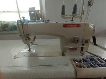 Электроника - Кировское: Швейная машинка Bruce бесшумная электро-механическая почти новая