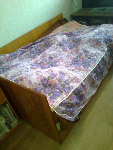 покрывало  капроновое  на  двуспальнюю  кровать. новое. привезено в в Бишкек