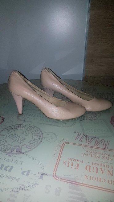 Cipele ocuvane sa malom stiklom 39 broj - Paracin