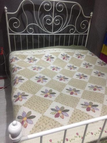 Продаю кровать икеа,состояние отличное. 160*200 в Бишкек