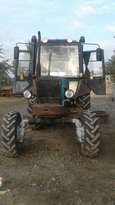 Bakı şəhərində Traktor  mtz  tam  işlək  vəziyyətdə  səmədləri  qaysasindadir